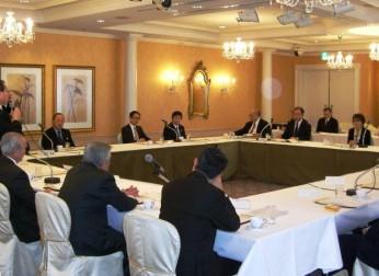 経済産業大臣政務官と中部経済界との懇談会