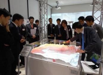 第22回Next30産学フォーラムで名古屋大学減災館の見学会と講演会を開催(11/26)
