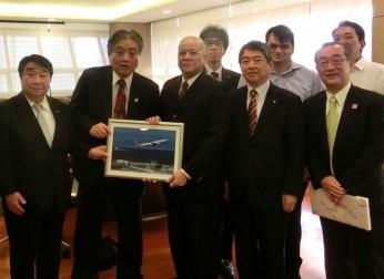 フィリピンの2航空会社にエアポートセールスを実施