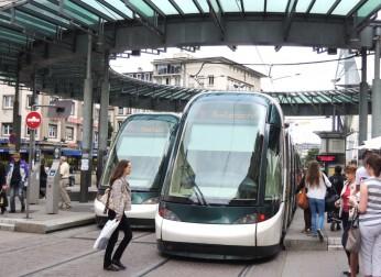 「街づくり・観光委員会」ヨーロッパ調査団を派遣