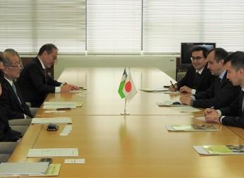 ウズベキスタン大使 表敬訪問(1/17)報告