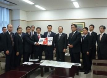 西知多道路の整備促進および名古屋港の港湾機能強化を要望(11/6)