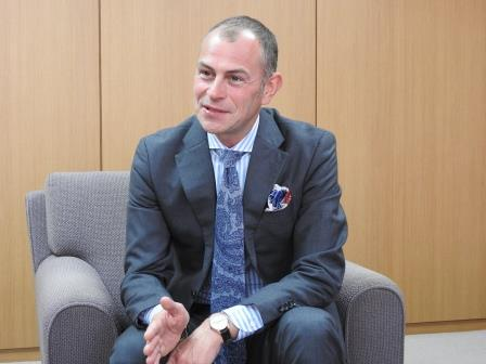 CEO_AJH.JPG